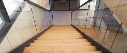Пошаговая инструкция по обработке деревянной лестницы маслами